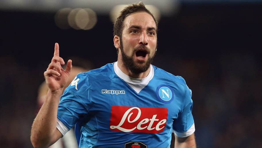 NAPLES, ITALY - MARCH 20:  Gonzalo Higuain of Napoli celebrates after scoring his team's second goal during the Serie A match between SSC Napoli and Genoa CFC at Stadio San Paolo on March 20, 2016 in Naples, Italy.  (Photo by Maurizio Lagana/Getty Images)