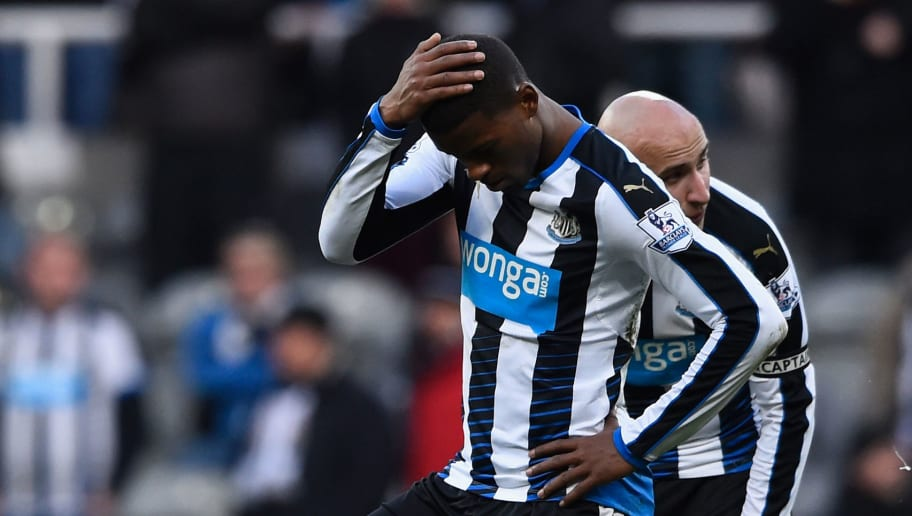 NEWCASTLE UPON TYNE, ENGLAND - MARCH 05:  Newcastle player Georginio Wijnaldum reacts as the players wait to restart after the third goal during the Barclays Premier League match between Newcastle United at A.F.C. Bournemouth at St James' Park on March 5 in Newcastle upon Tyne, England.  (Photo by Stu Forster/Getty Images)