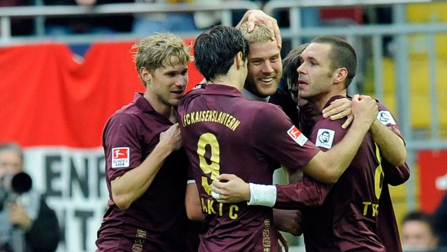 KAISERSLAUTERN, GERMANY - OCTOBER 30:  Players of Kaiserslautern celebrate after Adam Nemec scored his teams second goal during the Bundesliga match between 1.FC Kaiserslautern and Borussia Moenchengladbach at Fritz-Walter-Stadion on October 30, 2010 in Kaiserslautern, Germany.  (Photo by Thorsten Wagner/Bongarts/Getty Images)