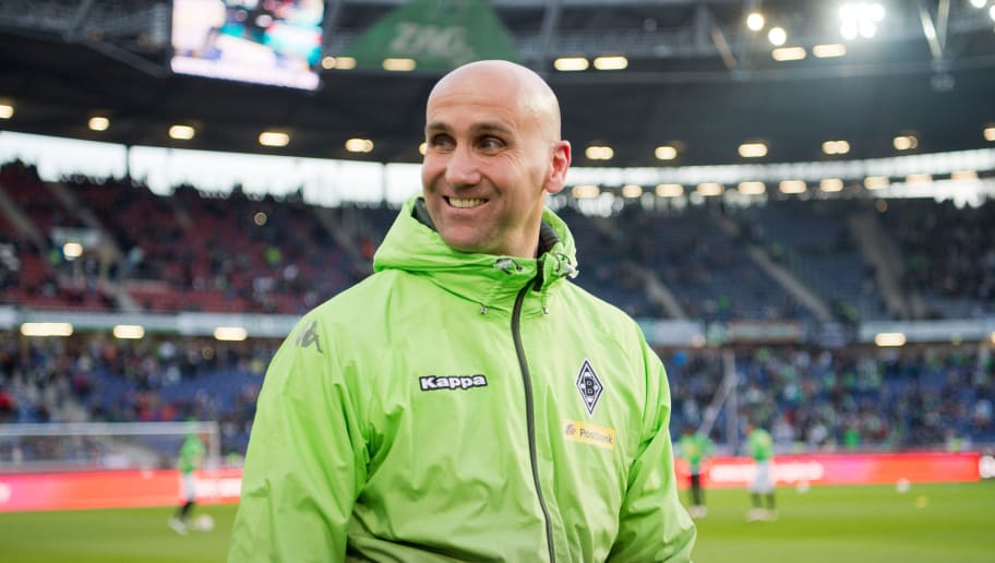 Moenchengladbach's head coach André Schubert arrives for the German first division Bundesliga football match Hannover 96 vs Borussia Moenchengladbach on April 15, 2016 in Hanover, central Germany. / AFP / dpa / Julian Stratenschulte / NO Getty Images (GETTY-VD) - Germany OUT / RESTRICTIONS: DURING MATCH TIME: DFL RULES TO LIMIT THE ONLINE USAGE TO 15 PICTURES PER MATCH AND FORBID IMAGE SEQUENCES TO SIMULATE VIDEO. == RESTRICTED TO EDITORIAL USE == FOR FURTHER QUERIES PLEASE CONTACT DFL DIRECTLY AT + 49 69 650050  /         (Photo credit should read JULIAN STRATENSCHULTE/AFP/Getty Images)