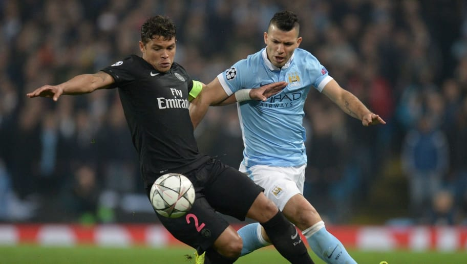 Paris Saint-Germain's Brazilian defender Thiago Silva (L) vies with Manchester City's Argentinian striker Sergio Aguero during the UEFA Champions league quarter-final second leg football match between Manchester City and Paris Saint-Germain at the Etihad stadium in Manchester on April 12, 2016. / AFP / OLI SCARFF        (Photo credit should read OLI SCARFF/AFP/Getty Images)