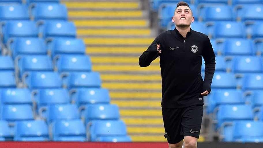 Paris Saint-Germain's Italian midfielder Marco Verratti takes part in a training session on the eve of their Champions league quarter final second leg football match at the Etihad stadium in Manchester on April 11, 2016.  / AFP / PAUL ELLIS        (Photo credit should read PAUL ELLIS/AFP/Getty Images)