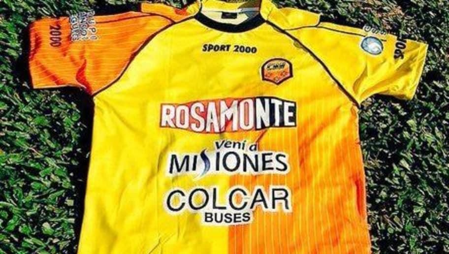 6b146902b50ba Las 10 camisetas más feas de la historia del fútbol argentino