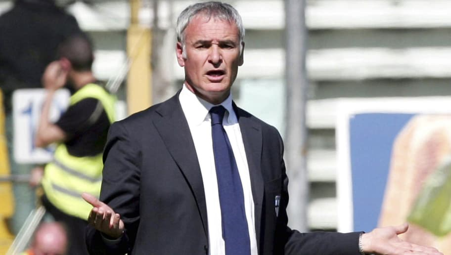 PARMA, ITALY - APRIL 07:  Claudio Ranieri manager of Parma gestures during the Serie A match between Parma and Livorno at the Stadio Ennio Tardini on April 7, 2007 in Parma, italy. (Photo by Newpress/Getty Images)