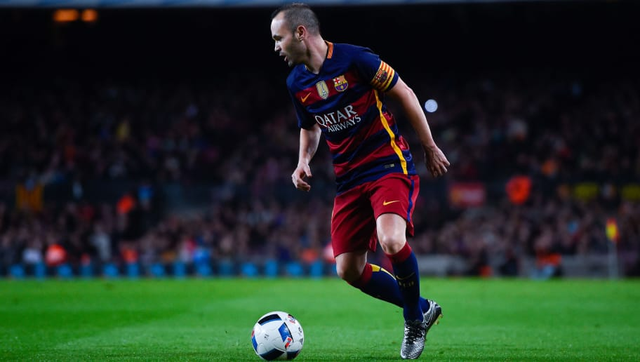 BARCELONA, SPAIN - FEBRUARY 03:  Andres Iniesta of FC Barcelona runs with the ball during the Copa del Rey Semi Final first leg match between FC Barcelona and Valencia at Nou Camp on February 3, 2016 in Barcelona, Spain.  (Photo by David Ramos/Getty Images)