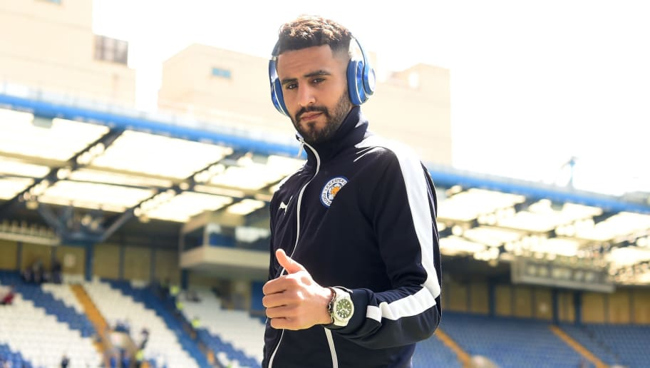 LONDON, ENGLAND - MAY 15:  Riyad Mahrez of Leicester City thumbs up prior to the Barclays Premier League match between Chelsea and Leicester City at Stamford Bridge on May 15, 2016 in London, England.  (Photo by Michael Regan/Getty Images)