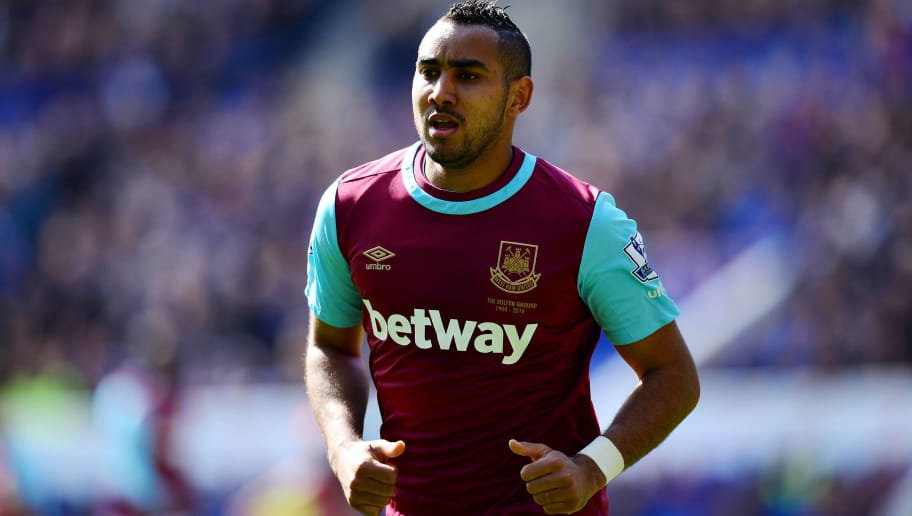 LEICESTER, ENGLAND - APRIL 17:  Dimitri Payet of West Ham United looks on during the Barclays Premier League match between Leicester City and West Ham United at The King Power Stadium on April 17, 2015 in Leicester, United Kingdom.  (Photo by Dan Mullan/Getty Images)