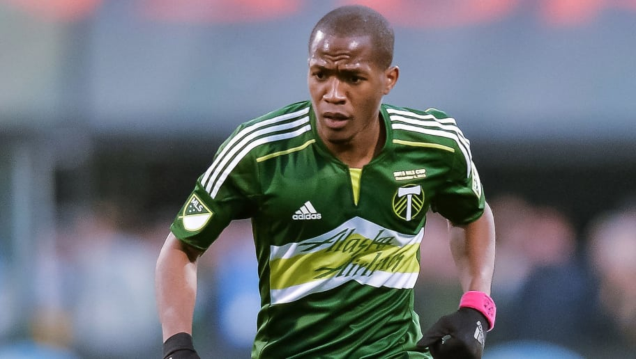 COLUMBUS, OH - DECEMBER 6:  Darlington Nagbe #6 of the Portland Timbers controls the ball against the Columbus Crew SC on December 6, 2015 at MAPFRE Stadium in Columbus, Ohio. Portland defeated Columbus 2-1 to take the MLS Cup title.  (Photo by Jamie Sabau/Getty Images)