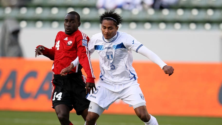 CARSON, CA - MARCH 27:  Ever Alvarado #5 of Honduras controls the ball against Trevin Caesar #14 of Trinidad & Tobago during the sixth day of 2012 CONCACAF Men's Olympic Qualifying at The Home Depot Center on March 27, 2012 in Carson, California.  (Photo by Stephen Dunn/Getty Images)