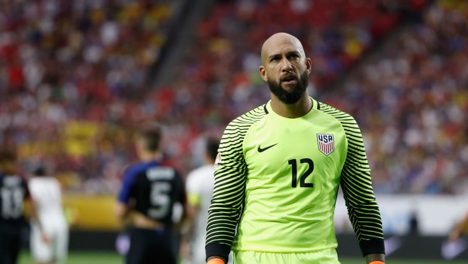 GLENDALE, AZ - JUNE 25:  Goalkeeper Tim Howard #12 of United States walks on the pitch during the 2016 Copa America Centenario third place match against Colombia at University of Phoenix Stadium on June 25, 2016 in Glendale, Arizona.  (Photo by Christian Petersen/Getty Images)