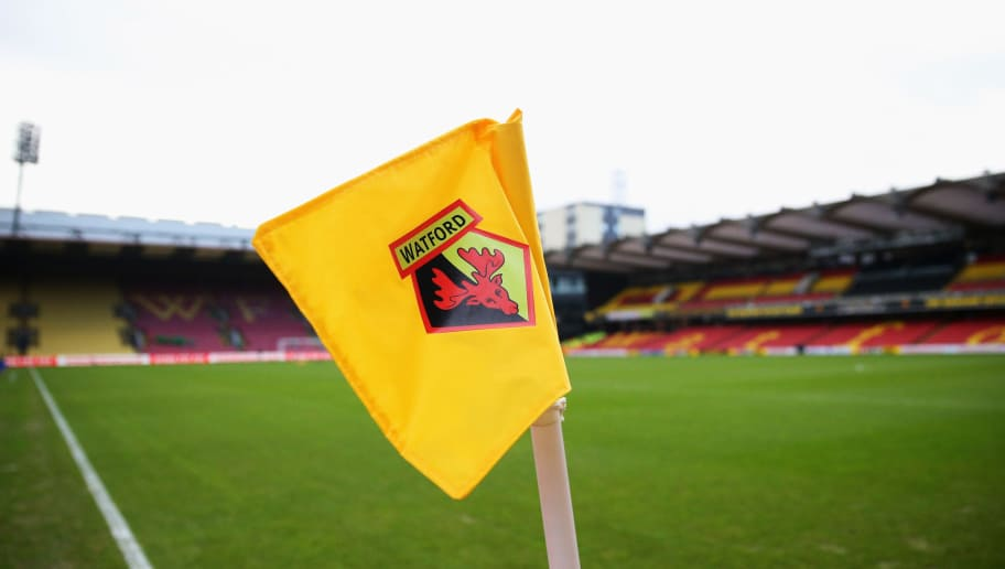 WATFORD, ENGLAND - DECEMBER 20:  A general view of the corner flag and stadium prior to the Barclays Premier League match between Watford and Liverpool at Vicarage Road on December 20, 2015 in Watford, England.  (Photo by Ian Walton/Getty Images)