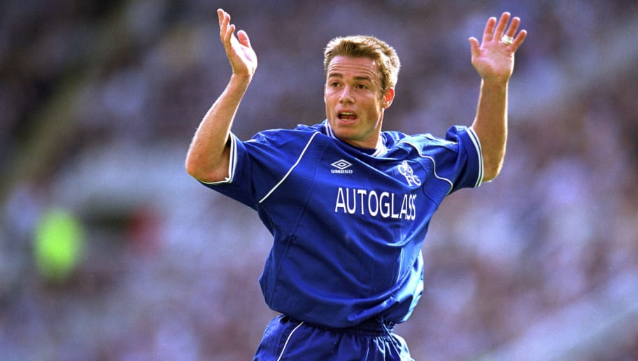 9 Sep 2000:  Graeme Le Saux of Chelsea protests during the FA Carling Premiership match against Newcastle United played at St James Park, in Newcastle, England. The match ended in a 0-0 draw. \ Mandatory Credit: Tom Shaw /Allsport