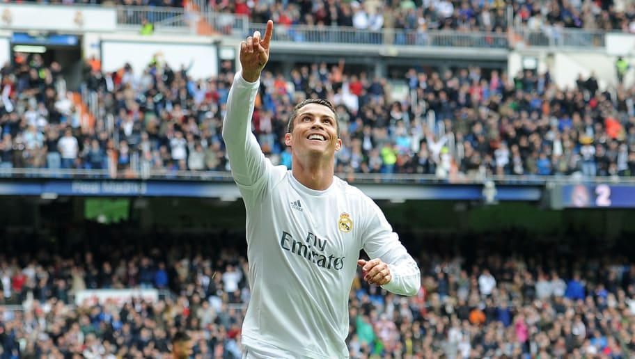 MADRID, SPAIN - MAY 08:  Cristiano Ronaldo of Real Madrid celebrates after scoring his team's 3rd goal during the La Liga match between Real Madrid CF and Valencia CF at Estadio Santiago Bernabeu on May 8, 2016 in Madrid, Spain.  (Photo by Denis Doyle/Getty Images)