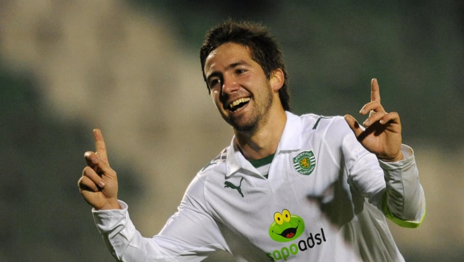 Sporting's Joao Moutinho celebrates after scoring 2-0 against Setubal during their Portuguese League football match at Bonfim Stadium in Setubal on January 3, 2009. AFP PHOTO/ FRANCISCO LEONG (Photo credit should read FRANCISCO LEONG/AFP/Getty Images)