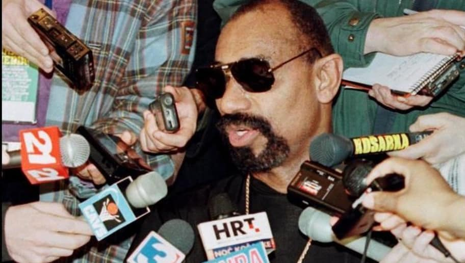 (FILES) In this 07 February 1997 file photo, NBA legend Wilt Chamberlain is surrounded by media 07 February at a press conference for the 50 Greatest Players in NBA history before the 1997 NBA All Star Game. It was announced by the Los Angeles Lakers 12 October 1999 that Chamberlain, 63, one of the most prolific scorers in NBA history, was found dead of natural causes at his home in the Bel Air neighborhood of Los Angeles.    AFP PHOTO/FILES/Matt CAMPBELL (Photo credit should read MATT CAMPBELL/AFP/Getty Images)