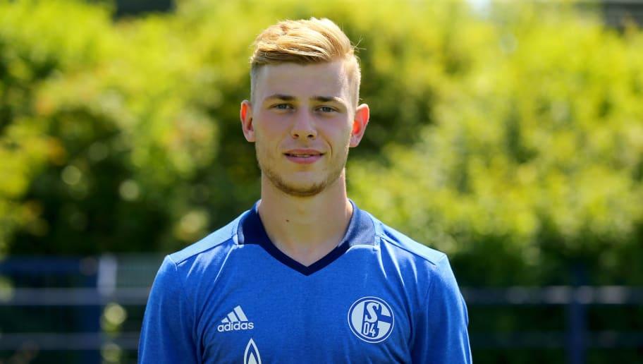 GELSENKIRCHEN, GERMANY - JULY 20:  Max Meyer poses during the team presentation of  FC Schalke at Veltins Arena on July 20, 2016 in Gelsenkirchen, Germany.  (Photo by Christof Koepsel/Bongarts/Getty Images)