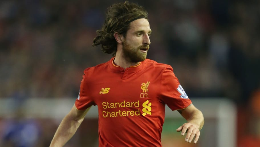LIVERPOOL, ENGLAND - MAY 11:  Joe Allen of Liverpool in action during the Barclays Premier League match between Liverpool and Chelsea at Anfield on May 11, 2016 in Liverpool, England.  (Photo by Chris Brunskill/Getty Images)
