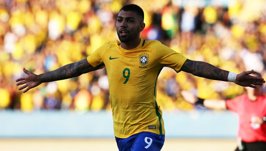 GOIANIA, BRAZIL - JULY 30: Gabriel Barbosa #9 of Brazil celebrates scoring his team's first goal during the international friendly match between Japan and Brazil at the Estadio Serra Dourada on July 30, 2016 in Goiania, Brazil.  (Photo by Koji Watanabe/Getty Images)