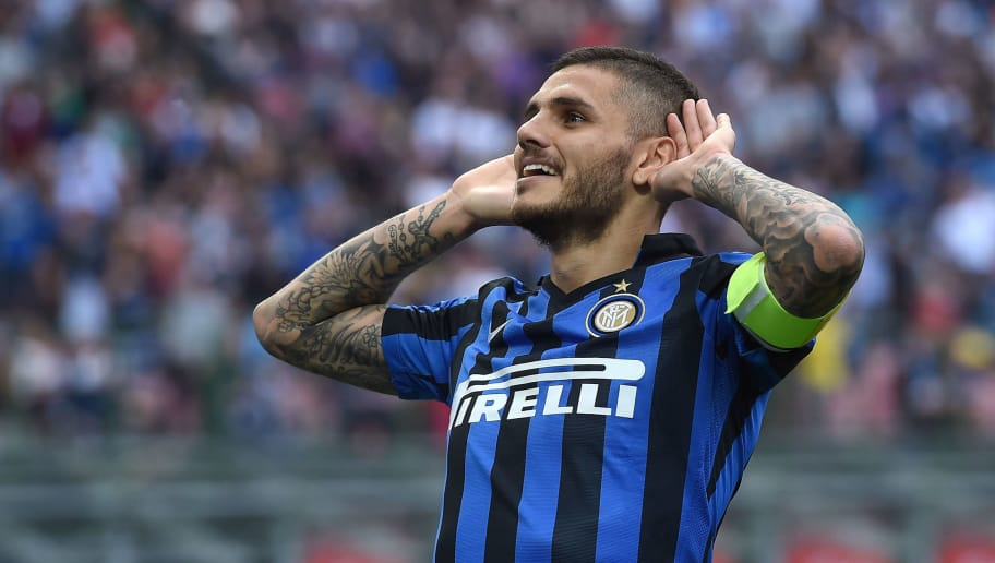 MILAN, ITALY - MAY 07:  Mauro Icardi of FC Internazionale Milano celebrates after scoring the opening goal during the Serie A match between FC Internazionale Milano and Empoli FC  at Stadio Giuseppe Meazza on May 7, 2016 in Milan, Italy.  (Photo by Valerio Pennicino/Getty Images)