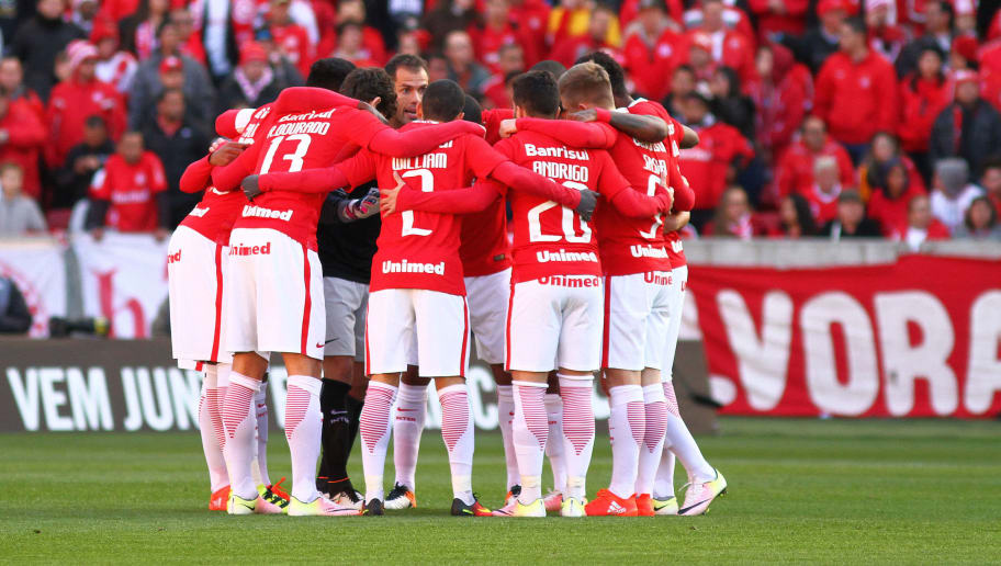 PORTO ALEGRE, BRAZIL - JULY 17: Players of Internacional before the match between Internacional and Palmeiras as part of Brasileirao Series A 2016, at Estadio Beira-Rio on July 17, 2016, in Porto Alegre, Brazil. (Photo by Lucas Uebel/Getty Images)