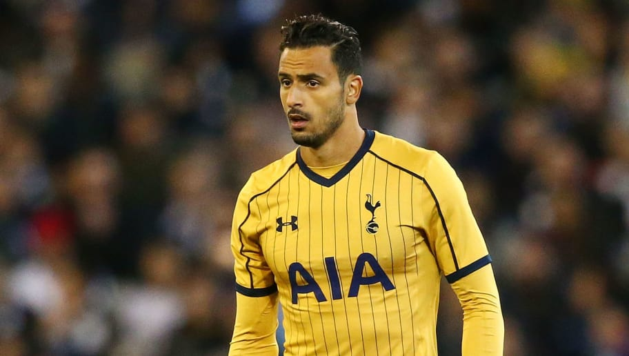 MELBOURNE, AUSTRALIA - JULY 26:  Nacer Chadli of Tottenham Hotspur controls the ball during the 2016 International Champions Cup match between Juventus FC and Tottenham Hotspur at Melbourne Cricket Ground on July 26, 2016 in Melbourne, Australia.  (Photo by Scott Barbour/Getty Images)