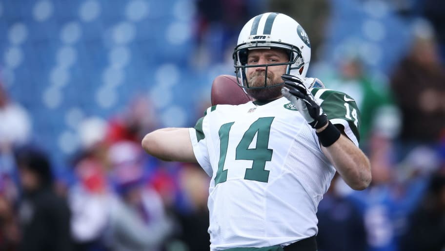 ORCHARD PARK, NY - JANUARY 03:  Ryan Fitzpatrick #14 of the New York Jets warms up before the game against the Buffalo Bills at Ralph Wilson Stadium on January 3, 2016 in Orchard Park, New York.  (Photo by Tom Szczerbowski/Getty Images)