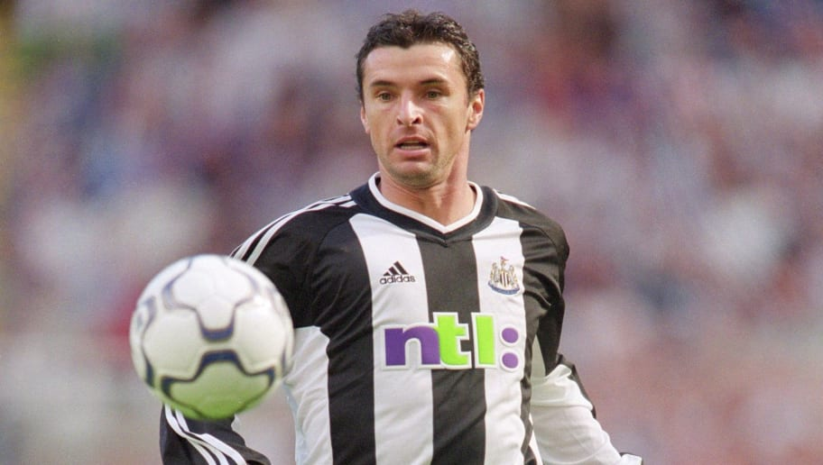 26 Aug 2001:  Gary Speed of Newcastle in action during the FA Barclaycard Premiership North East derby between Newcastle United and Sunderland played at St. James Park in Newcastle, England.  The match ended in a 1 - 1 draw. \ Mandatory Credit: Laurence Griffiths /Allsport