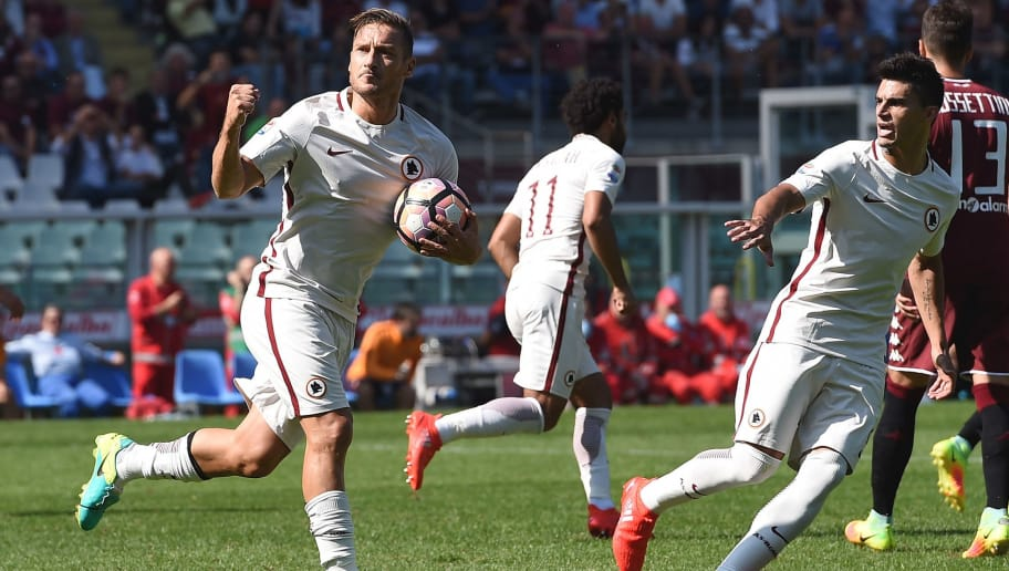 TURIN, ITALY - SEPTEMBER 25:  Francesco Totti 0f Roma celebrates after scoring a penalty (2-1) during the Serie A match between FC Torino and AS Roma at Stadio Olimpico di Torino on September 25, 2016 in Turin, Italy.  (Photo by Tullio M. Puglia/Getty Images)