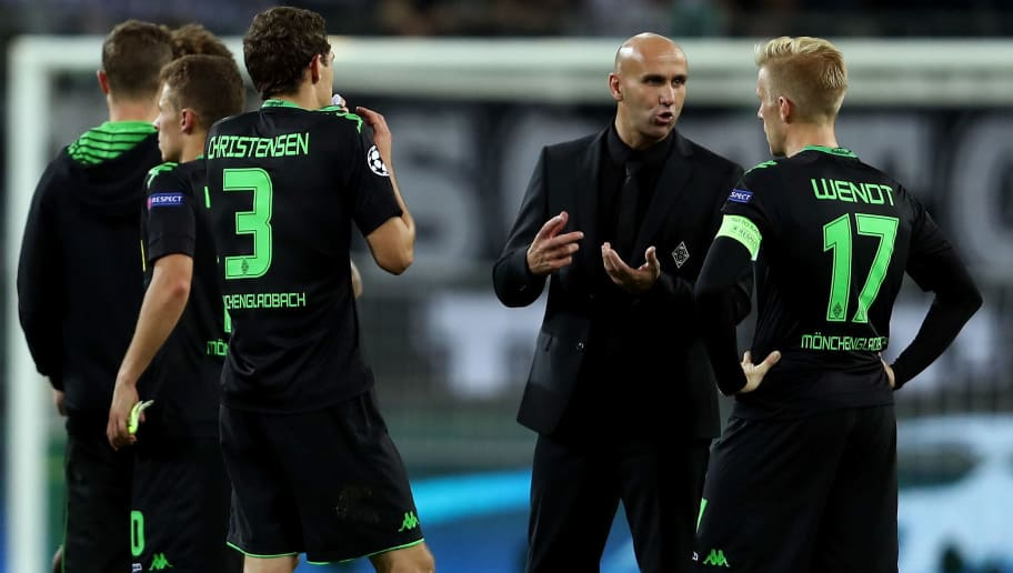 MOENCHENGLADBACH, GERMANY - SEPTEMBER 28:  Andre Schubert head coach of Borussia Moenchengladbach speaks with his players after the UEFA Champions League group C match between VfL Borussia Moenchengladbach and FC Barcelona at Borussia-Park on September 28, 2016 in Moenchengladbach, North Rhine-Westphalia.  (Photo by Alex Grimm/Bongarts/Getty Images)