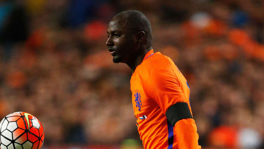 AMSTERDAM, NETHERLANDS - MARCH 25:  Jetro Willems of the Netherlands in action during the International Friendly match between Netherlands and France at Amsterdam Arena on March 25, 2016 in Amsterdam, Netherlands.  (Photo by Dean Mouhtaropoulos/Getty Images)