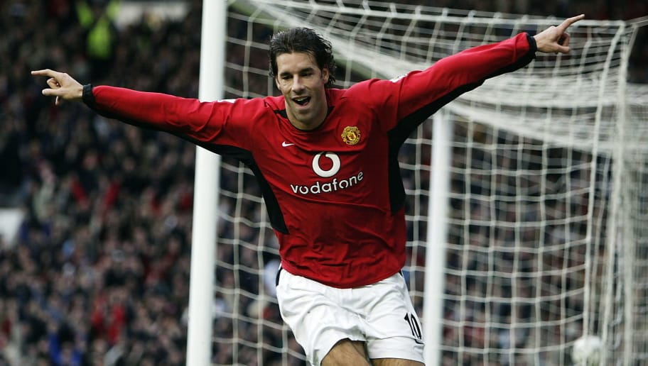 MANCHESTER, ENGLAND - DECEMBER 13: Ruud van Nistelrooy of Man Utd celebrates after scoring the second goal during the FA Barclaycard Premiership match between Manchester United  and Manchester City at Old Trafford on December 13, 2003 in Manchester, England.  (Photo by Alex Livesey/Getty Images)