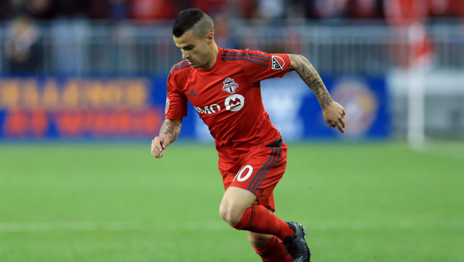 TORONTO, ON - MAY 07:  Sebastian Giovinco #10 of Toronto FC dribbles the ball during the first half of an MLS soccer game against FC Dallas at BMO Field on May 7, 2016 in Toronto, Ontario, Canada.  (Photo by Vaughn Ridley/Getty Images)