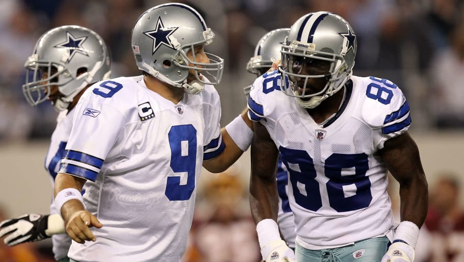 Tony Romo Practices And Dez Bryant Makes Jokes About His Abs
