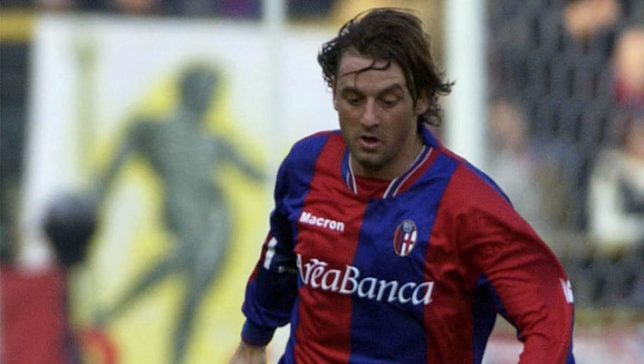 BOLOGNA - NOVEMBER 10:   Giuseppe Signori of Bologna in action during the Serie A match between Bologna and Como, played at the Atleti Azzurri D'Italia Stadium, Bologna, Italy on November 10, 2002.  (Photo by Grazia Neri/Getty Images)