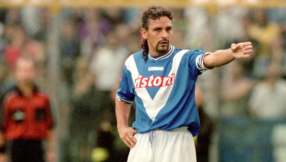 16 Sep 2000:  Roberto Baggio of Brescia in action during the Coppa Italia match against Juventus played at the Estadio Rigamonti, in Brescia, Italy. The match ended in a 0-0 draw. \ Mandatory Credit: Claudio Villa /Allsport