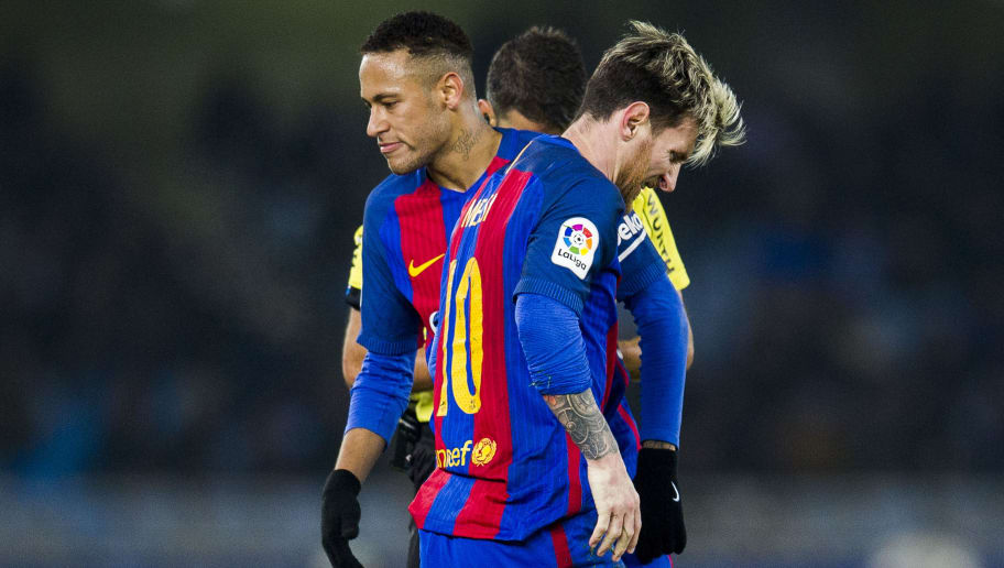 SAN SEBASTIAN, SPAIN - NOVEMBER 27:  Lionel Messi and Neymar of FC Barcelona reacts during the La Liga match between Real Sociedad de Futbol and FC Barcelona at Estadio Anoeta on November 27, 2016 in San Sebastian, Spain.  (Photo by Juan Manuel Serrano Arce/Getty Images)