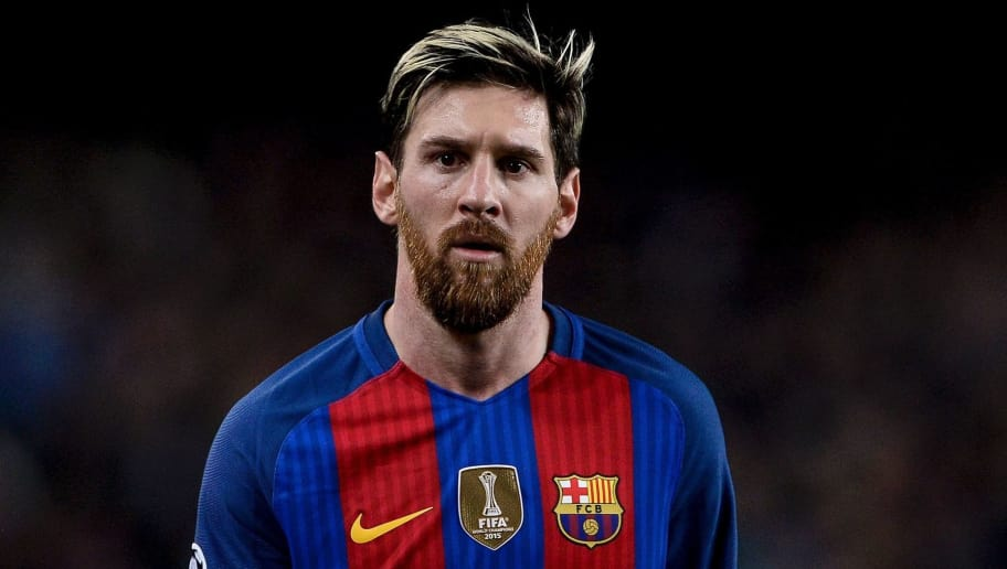 TOPSHOT - Barcelona's Argentinian forward Lionel Messi looks on during the UEFA Champions League Group C football match FC Barcelona vs Borussia Moenchengladbach at the Camp Nou stadium in Barcelona, on December 6, 2016. / AFP / JOSEP LAGO        (Photo credit should read JOSEP LAGO/AFP/Getty Images)