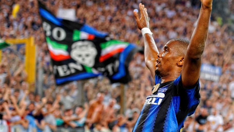 ROME, ITALY - MAY 29:  Samuel Eto'o of Inter Milan celebrates scoring the second goal during the Tim Cup final between FC Internazionale Milano and US Citta di Palermo at Olimpico Stadium on May 29, 2011 in Rome, Italy.  (Photo by Claudio Villa/Getty Images)