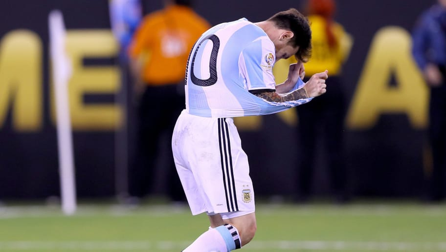 EAST RUTHERFORD, NJ - JUNE 26:  Lionel Messi #10 of Argentina reacts after missing his penalty kick in the shootout against the Chile during the Copa America Centenario Championship match at MetLife Stadium on June 26, 2016 in East Rutherford, New Jersey.Chile defeated Argentina 0-0 with the 4-2 win in the shootout.  (Photo by Elsa/Getty Images)
