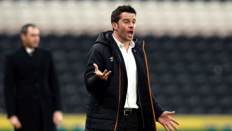 HULL, ENGLAND - JANUARY 07:  Marco Silva, manager of Hull City looks on during the Emirates FA Cup third round match between Hull City and Swansea City at KCOM Stadium on January 7, 2017 in Hull, England.  (Photo by Nigel Roddis/Getty Images)