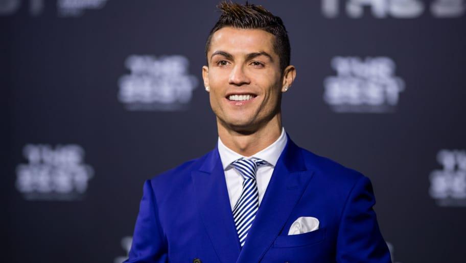Best Fifa Awards Announce Cristiano Ronaldo As Men S Player Of 2016 90min