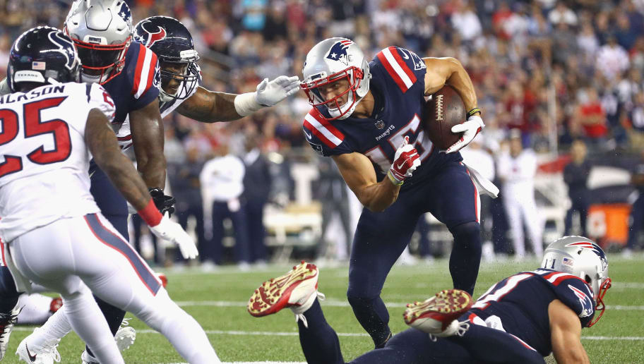 FOXBORO, MA - SEPTEMBER 22:  Chris Hogan #15 of the New England Patriots runs with the ball during the second half against the Houston Texans at Gillette Stadium on September 22, 2016 in Foxboro, Massachusetts.  (Photo by Maddie Meyer/Getty Images)