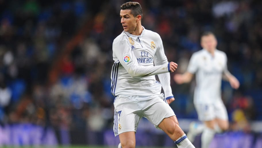 MADRID, SPAIN - JANUARY 18:  Cristiano Ronaldo of Real Madrid in action during the Copa del Rey Quarter Final, First Leg match between Real Madrid CF and  Celta Vigo at Bernabeu on January 18, 2017 in Madrid, Spain.  (Photo by Denis Doyle/Getty Images)