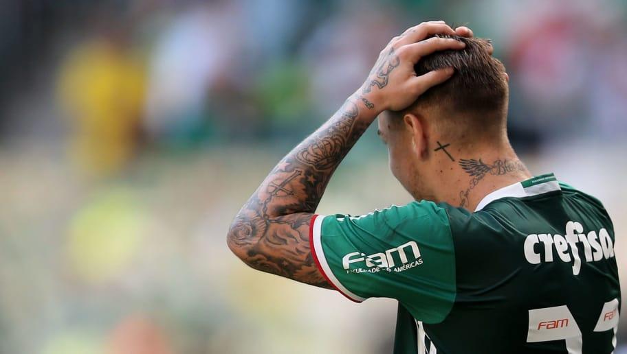 8c486a11c3 Palmeiras tenta de tudo para impedir saída de Roger Guedes