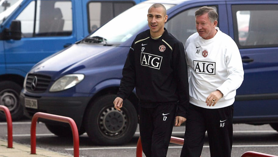 MANCHESTER, United Kingdom:  Swedish footballer Henrik Larsson (L) arrives for a press conference with Manchester United manager Alex Ferguson at the Carrington training ground in Manchester, north-west England, 20 December 2006. Larsson has joined the club on loan from Helsinborgs and will spend two-and-a-half months at United and will be eligible to make his debut 01 January 2007 in the English Premiership game against Newcastle.  AFP PHOTO/PAUL ELLIS  (Photo credit should read PAUL ELLIS/AFP/Getty Images)