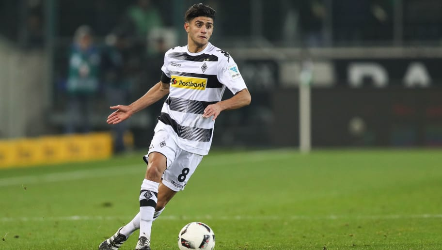MOENCHENGLADBACH, GERMANY - DECEMBER 20: Mahmoud Dahoud of Moenchengladbach controls the ball during the Bundesliga match between Borussia Moenchengladbach and VfL Wolfsburg at Borussia-Park on December 20, 2016 in Moenchengladbach, Germany. (Photo by Maja Hitij/Bongarts/Getty Images)
