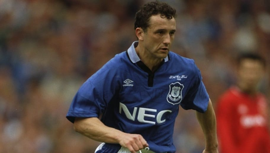 20 May 1995:  Barry Horne of Everton in action during the FA Cup Final  against Manchester United at Wembley Stadium in London. Everton won the match 1-0. \ Mandatory Credit: David  Cannon/Allsport