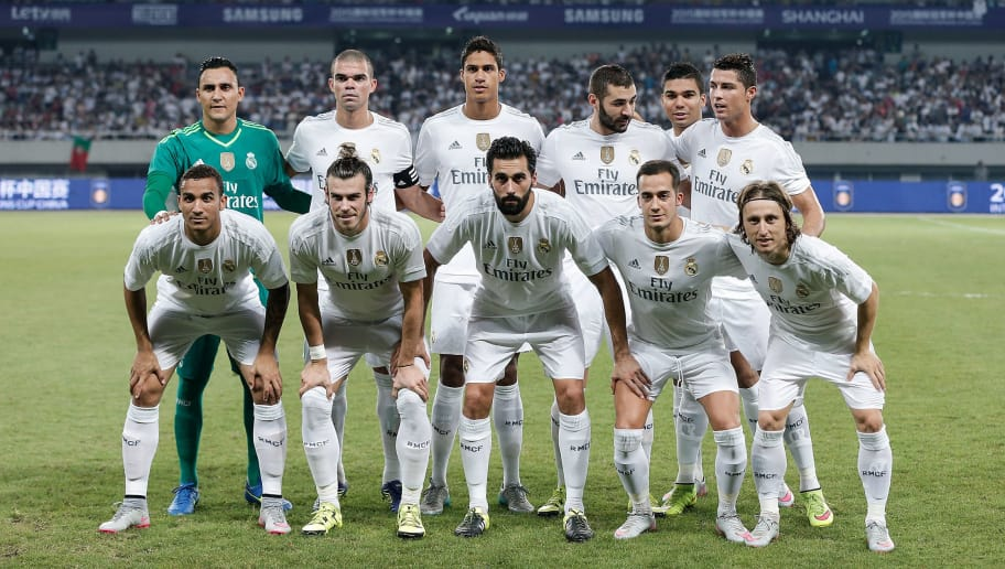 SHANGHAI, CHINA - JULY 30: Real Madrid's players line up for the team photos during the International Champions Cup match between Real Madrid and AC Milan at Shanghai Stadium on July 30, 2015 in Shanghai, China.  (Photo by Lintao Zhang/Getty Images)