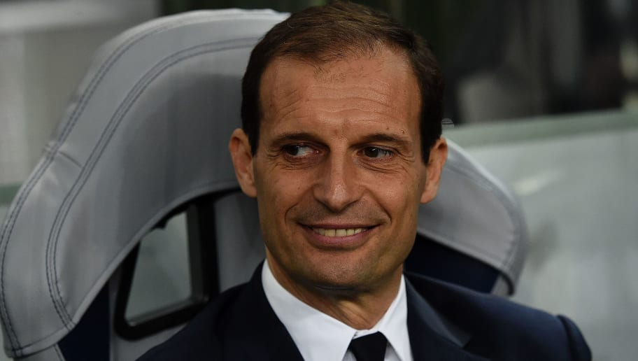 Juventus' coach Massimiliano Allegri sitson the bench during the UEFA Champions League round of 16 second leg football match FC Porto vs Juventus at the Dragao stadium in Porto on February 22, 2017. / AFP / FRANCISCO LEONG        (Photo credit should read FRANCISCO LEONG/AFP/Getty Images)