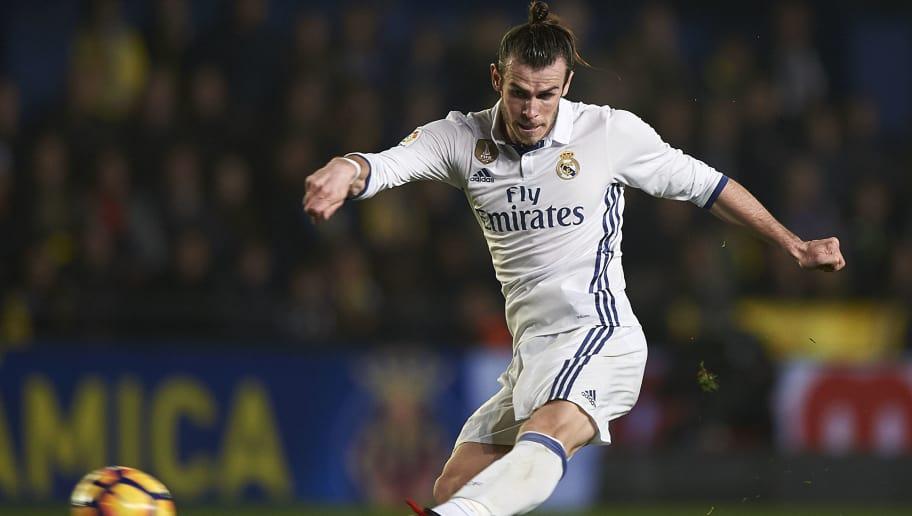 VILLARREAL, SPAIN - FEBRUARY 26:  Gareth Bale of Real Madrid in action during the La Liga match between Villarreal CF and Real Madrid at Estadio de la Ceramica on February 26, 2017 in Villarreal, Spain.  (Photo by Fotopress/Getty Images)